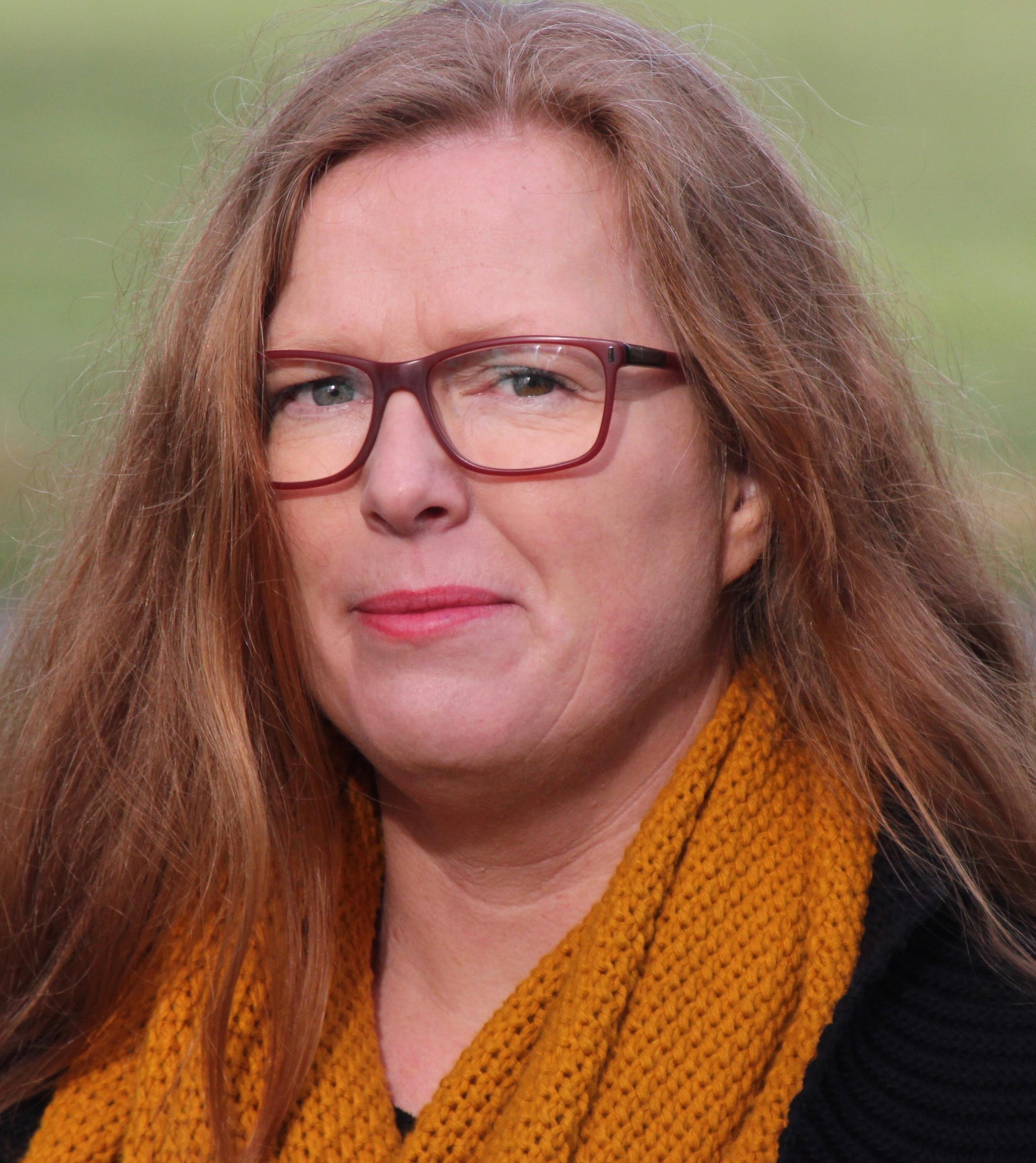 Hilda Zwart : 2.